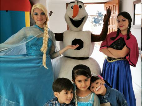 Show Frozen Happy Party